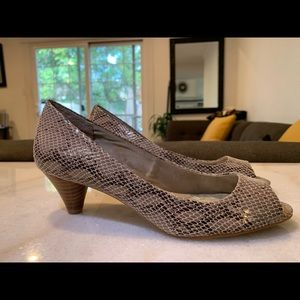 Gianni Bernini snakeskin patterned heels
